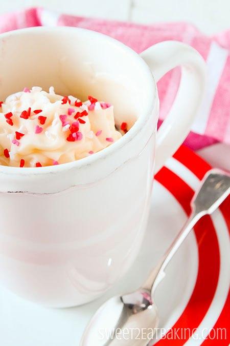 red-velvet-mug-cake-2
